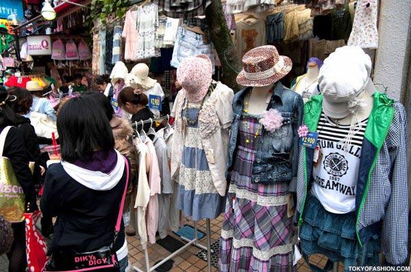 Teen Nhật chuộng mũ vành cứng - 13