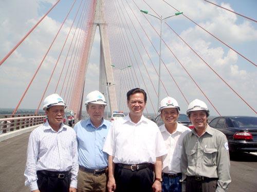 Hôm nay: Thông xe cầu Cần Thơ - 2