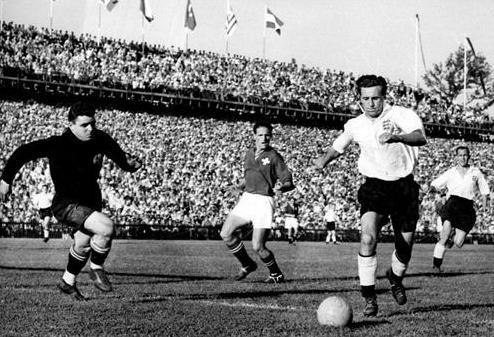 World cup 1954: Nỗi buồn Hungary (Những hình ảnh ấn tượng nhất tại những kỳ World Cup – P5) - 1