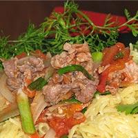Đổi món với mỳ trứng xào thịt bò
