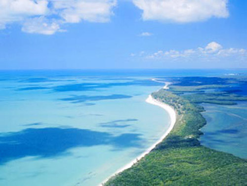 16 bãi biển đẹp nhất Đông Nam Á - 13