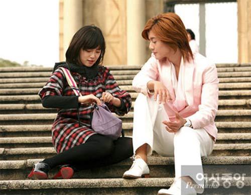 Bae Yong Joon và bản sao Kim Hyun Joong - 9