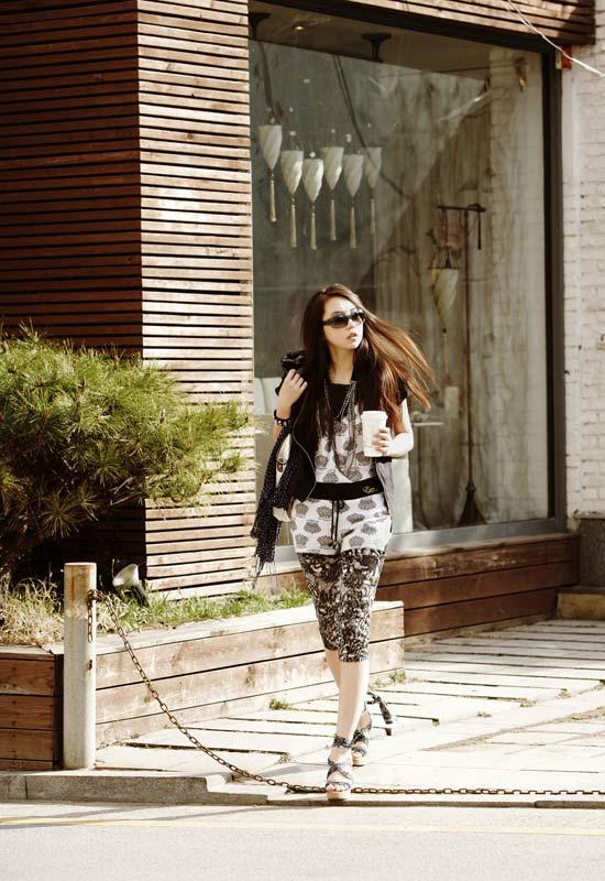 Wonder Girls - 'hot' với kính thời trang - 6