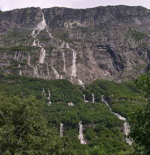 10 thác nước cao nhất thế giới - 5
