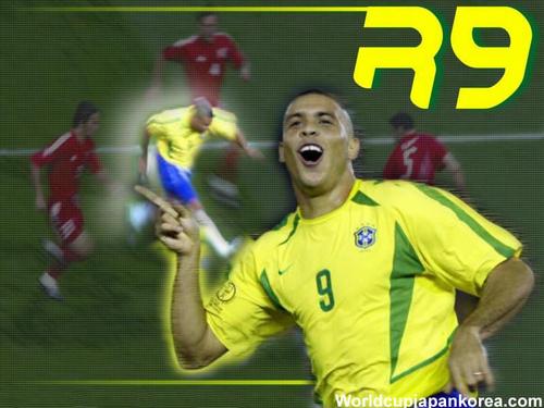 Ronaldo - Người ngoài hành tinh (P8 – Những cầu thủ xuất sắc nhất trong thập kỷ qua) - 1