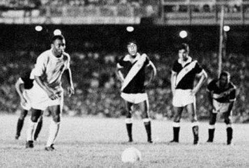 """""""Vua bóng đá"""" Pele: Huyền thoại bất tử (Những số 10 xuất sắc nhất làng túc cầu - P1) - 3"""