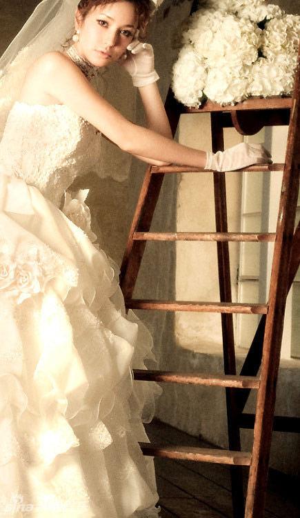 Nàng dâu quyến rũ mọi ánh nhìn - 10