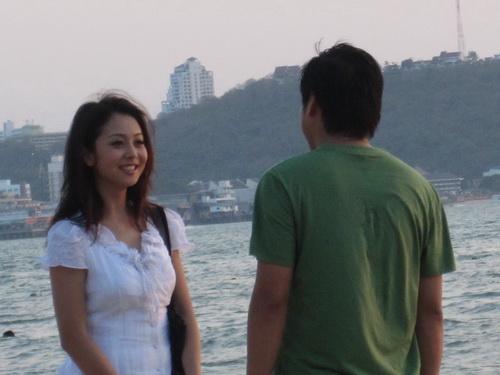 """Jennifer Phạm """"tình tứ"""" với Minh Tiệp - 3"""