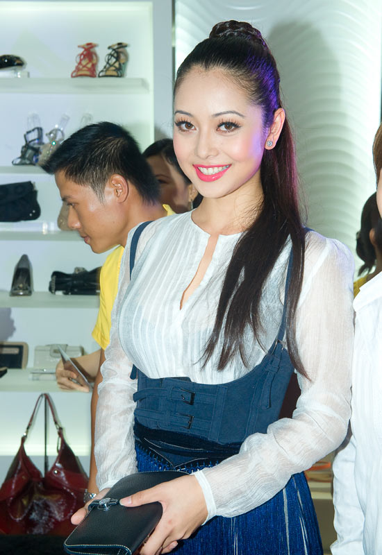 Nine West khai trương cửa hàng giày và phụ kiện thời trang thứ 6 tại Việt Nam - 4