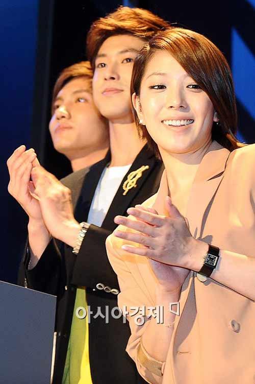 """Những """"ngôi sao ẩn"""" của K-Pop - 4"""