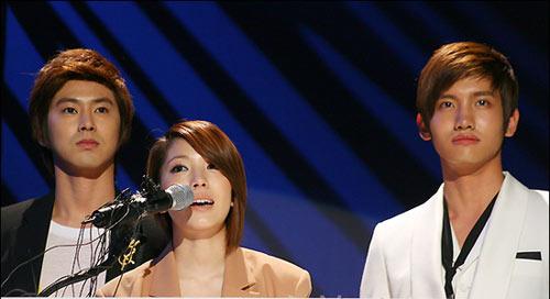 """Những """"ngôi sao ẩn"""" của K-Pop - 9"""