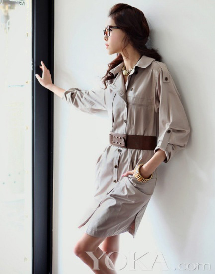 Thời trang công sở: Duyên dáng váy liền - 21