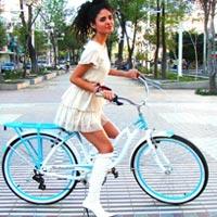 Thời trang đường  phố và xe đạp
