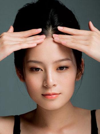 Massage mặt xóa tan những nếp nhăn - 2