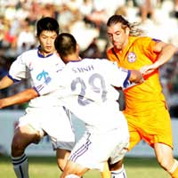 Kết thúc lượt đi V.League 2010: SHB Đà Nẵng dẫn đầu bảng xếp hạng, Megastar Nam Định chìm dưới đáy