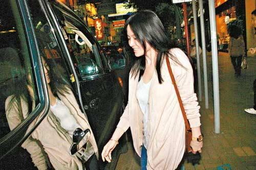 Song Hye Kyo & Huyn Bin cùng 'ngoại tình' - 3