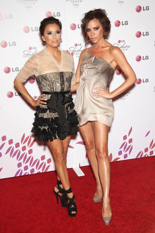 Vic kiêu hãnh với chiếc váy tự thiết kế - 11