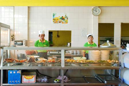 Vui tết thiếu nhi 1/6 cùng cơm tấm Thuận Kiều - 2