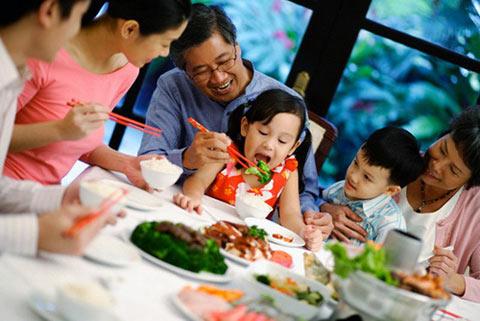 Vui tết thiếu nhi 1/6 cùng cơm tấm Thuận Kiều - 1