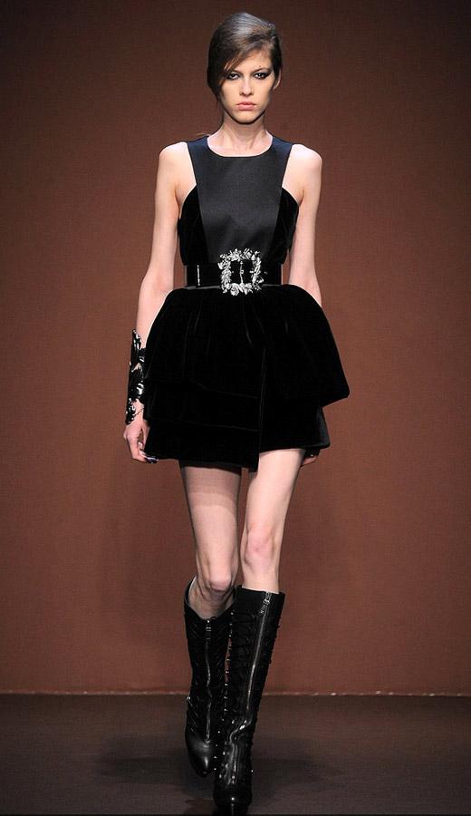 Thời trang nhung bùng nổ trong mùa thu 2010 - 8