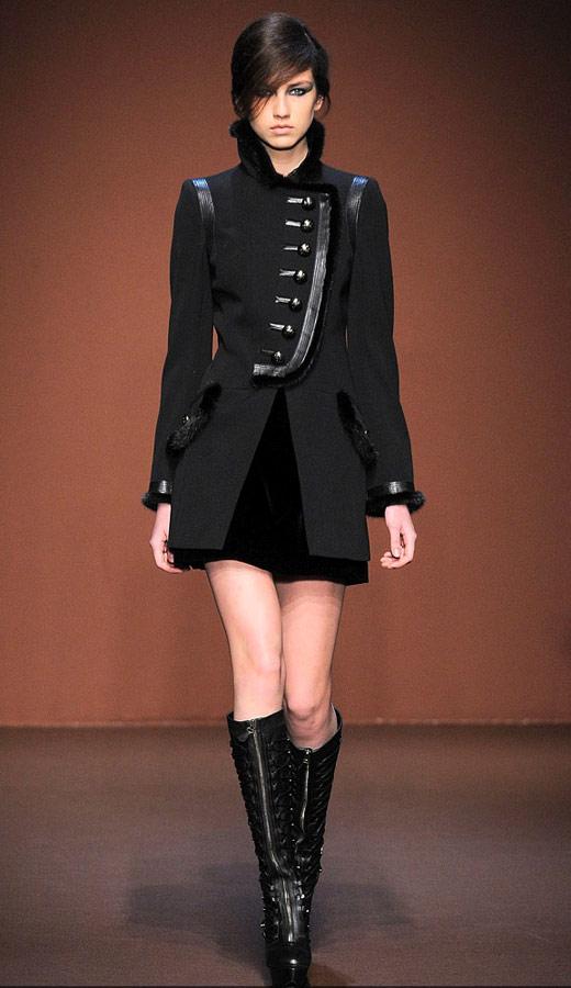 Thời trang nhung bùng nổ trong mùa thu 2010 - 7