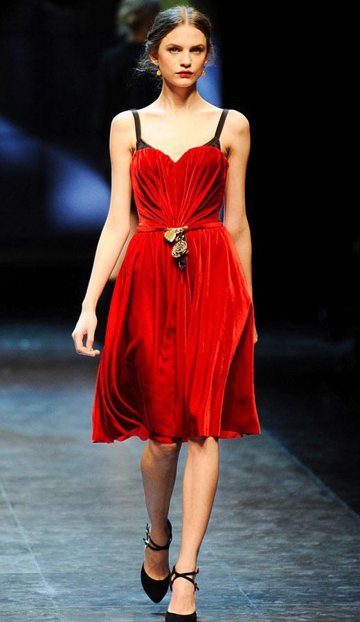 Thời trang nhung bùng nổ trong mùa thu 2010 - 5