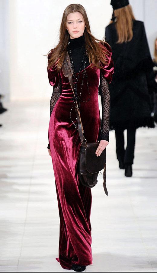 Thời trang nhung bùng nổ trong mùa thu 2010 - 2