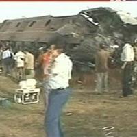 Khủng bố tàu hỏa thảm khốc ở Ấn Độ