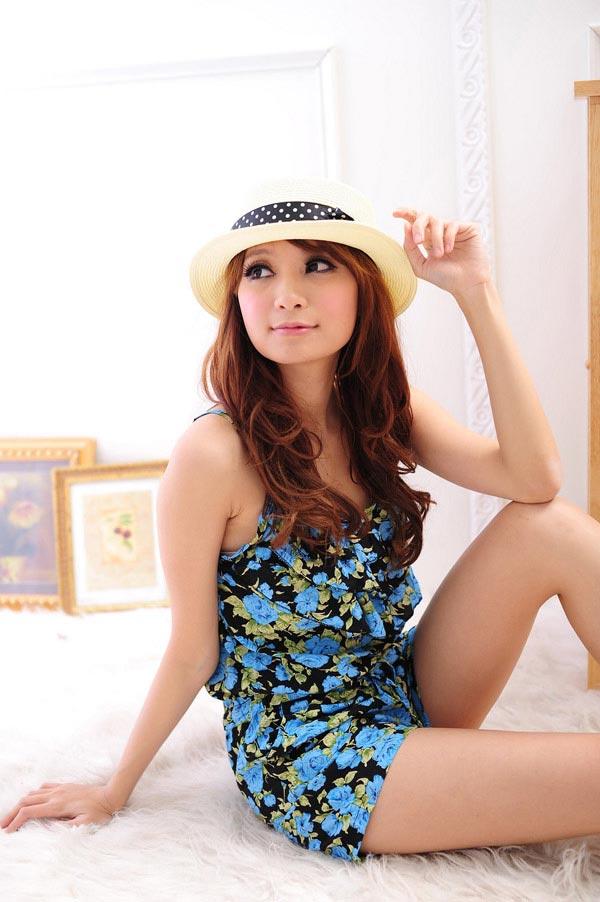 Điệu đà và thời trang với jumpsuit hoa - 7