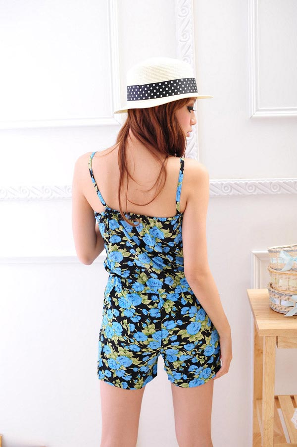 Điệu đà và thời trang với jumpsuit hoa - 8