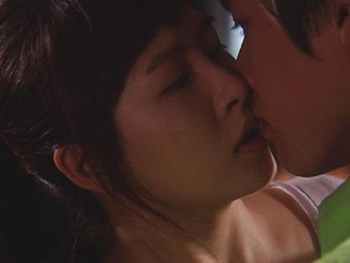 Phim Hàn và những nụ hôn kinh điển nhất - 15