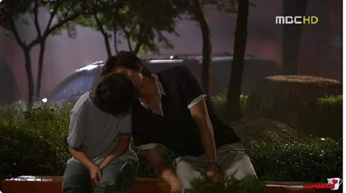 Phim Hàn và những nụ hôn kinh điển nhất - 9