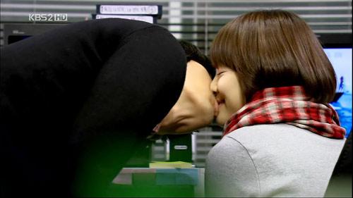 Phim Hàn và những nụ hôn kinh điển nhất - 18