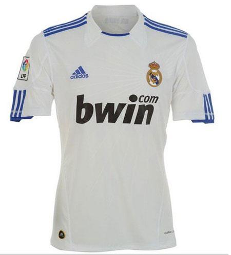 Bóng đá TBN: Real Madrid lộ diện áo đấu mới - 1