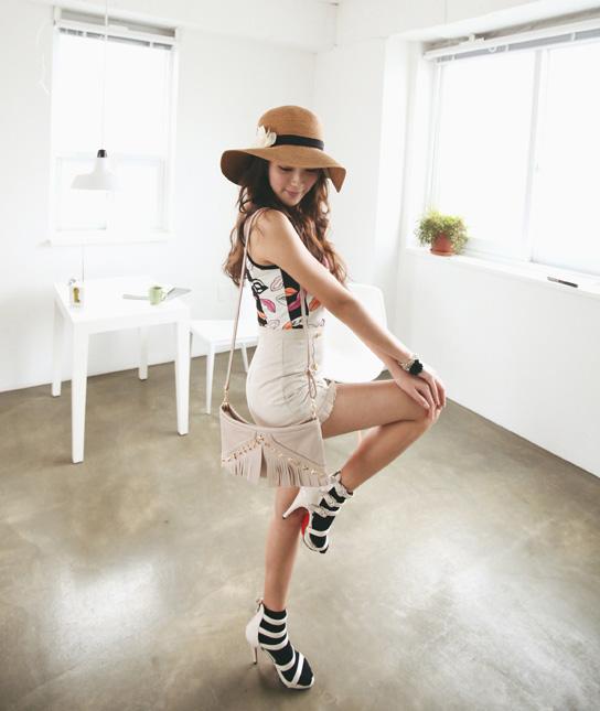 Tôn vinh cặp chân thon với thời trang quần sooc - 2