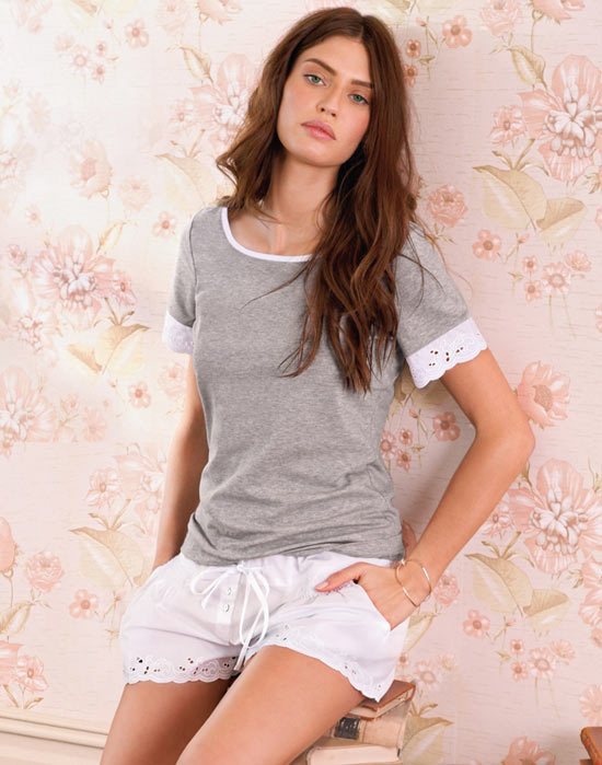 Váy ngủ mùa hè: Đơn giản và quyến rũ - 7