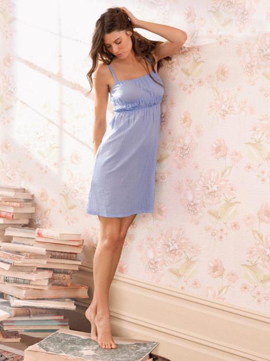 Váy ngủ mùa hè: Đơn giản và quyến rũ - 17