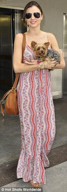 Ảnh quá nóng của siêu mẫu Miranda Kerr bị chỉ trích - 2