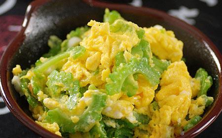 Mướp đắng xào trứng - Đơn giản mà ngon tuyệt - 4