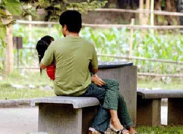 Giới trẻ nông thôn... quan hệ từ tuổi 18 - 1