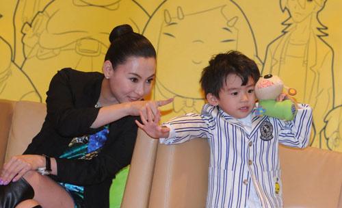 Trương Bá Chi hướng con trai theo Châu Tinh Trì - 6