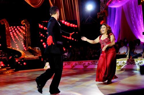 Bước nhảy hoàn vũ: Ngô Thanh Vân, Đoan Trang bất phân thắng bại - 6