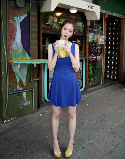 Thời trang hè: Đầm xanh mát lạnh - 5