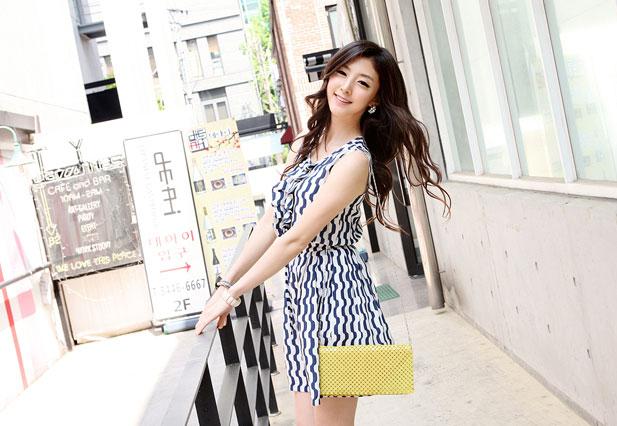 Thời trang hè: Đầm xanh mát lạnh - 12