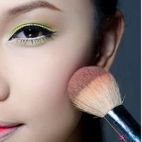 Mẹo trang điểm cho người có khuôn mặt dài