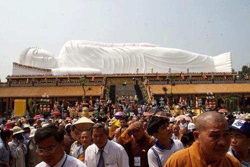 Tượng Phật Thích Ca nhập niết bàn dài nhất Việt Nam - 1