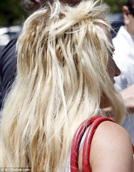 Thời trang tóc 'kinh dị' của Britney Spears - 6