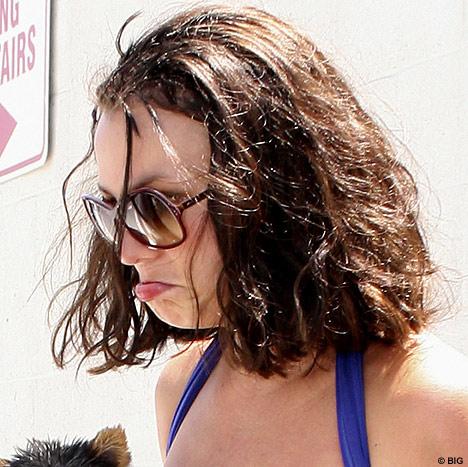 Thời trang tóc 'kinh dị' của Britney Spears - 8
