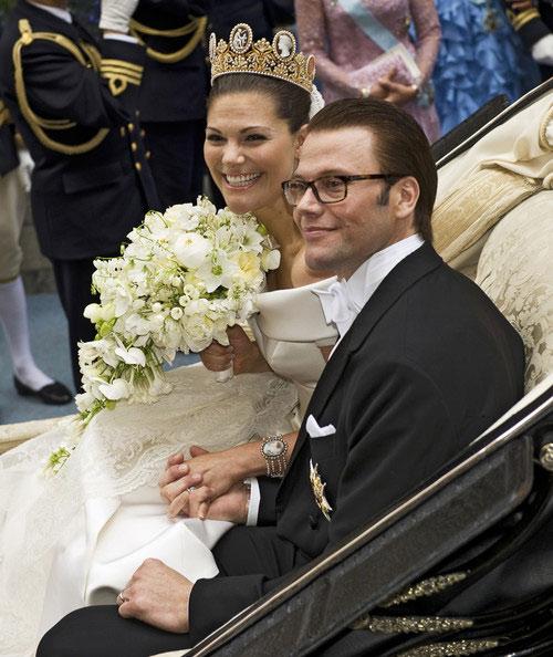 Công chúa Thụy Điển diện đầm cưới hoành tráng - 2
