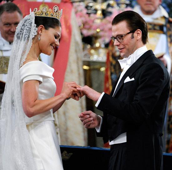 Công chúa Thụy Điển diện đầm cưới hoành tráng - 6